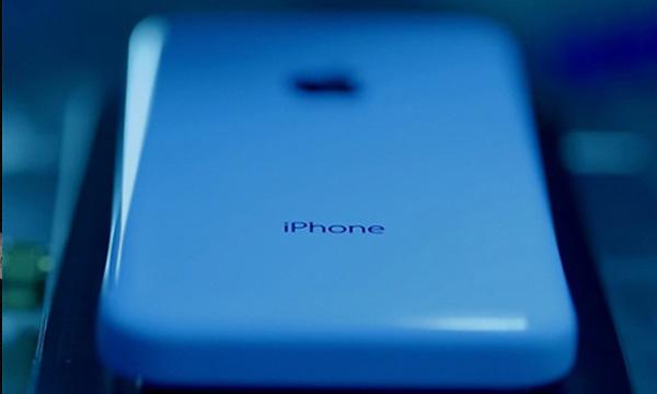 揭秘:iPhone5C的塑料外壳是怎么生产的?
